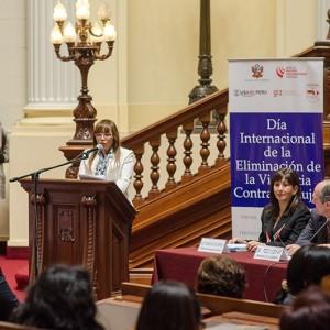 Congreso-de-la-Republica-Dia-Internacional-de-la-Eliminacion-de-la-Violencia-contra-la-Mujer---noviembre-2013-(2)
