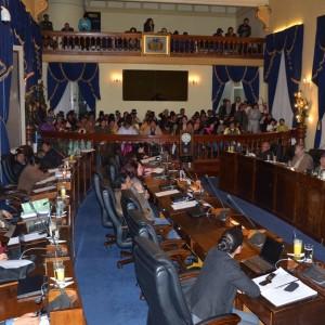 Senado presenta la Ley 243 contra el acoso y violencia política hacia mujeres