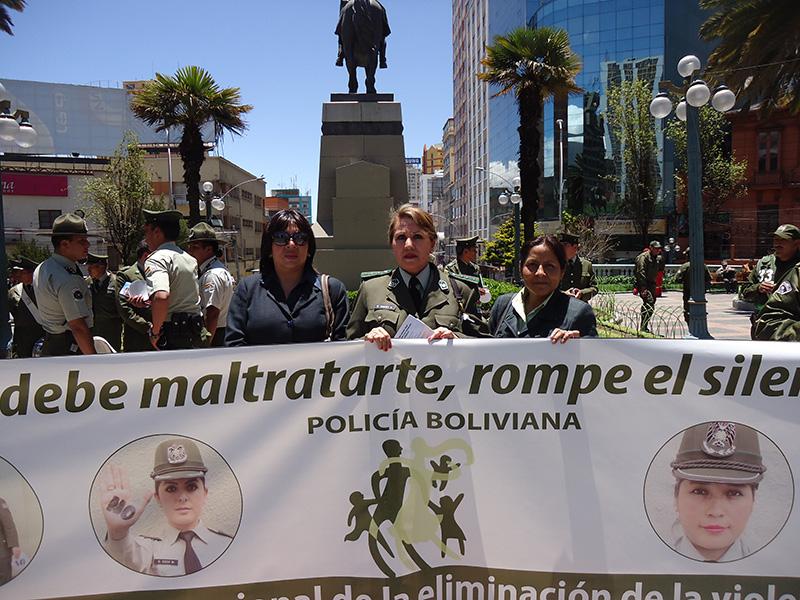 Marcha Policia boliviana